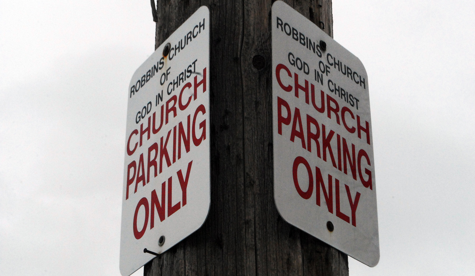 Robbins_Church_Parking_2000_x_1165